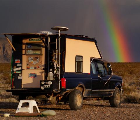 Cheap rv living rving blogger spotlight roverpass for Minimalist living in an rv