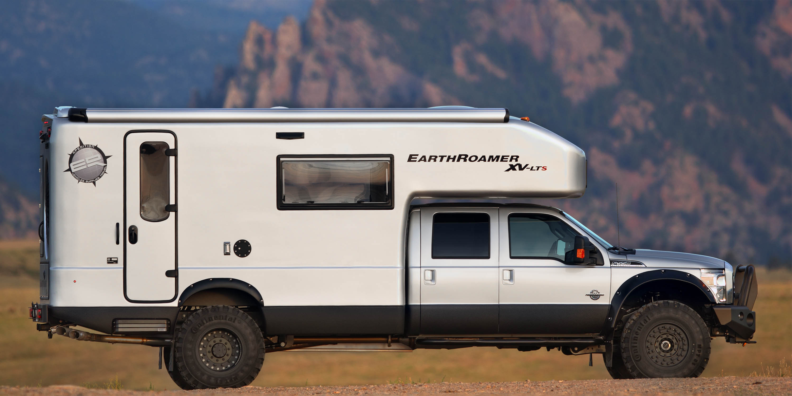 Innovative 10 TrickedOut Adventure Campers You39re Gonna Wish You Owned