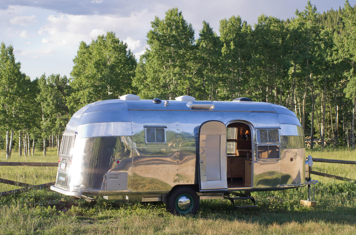 homedsgn.com-airstream