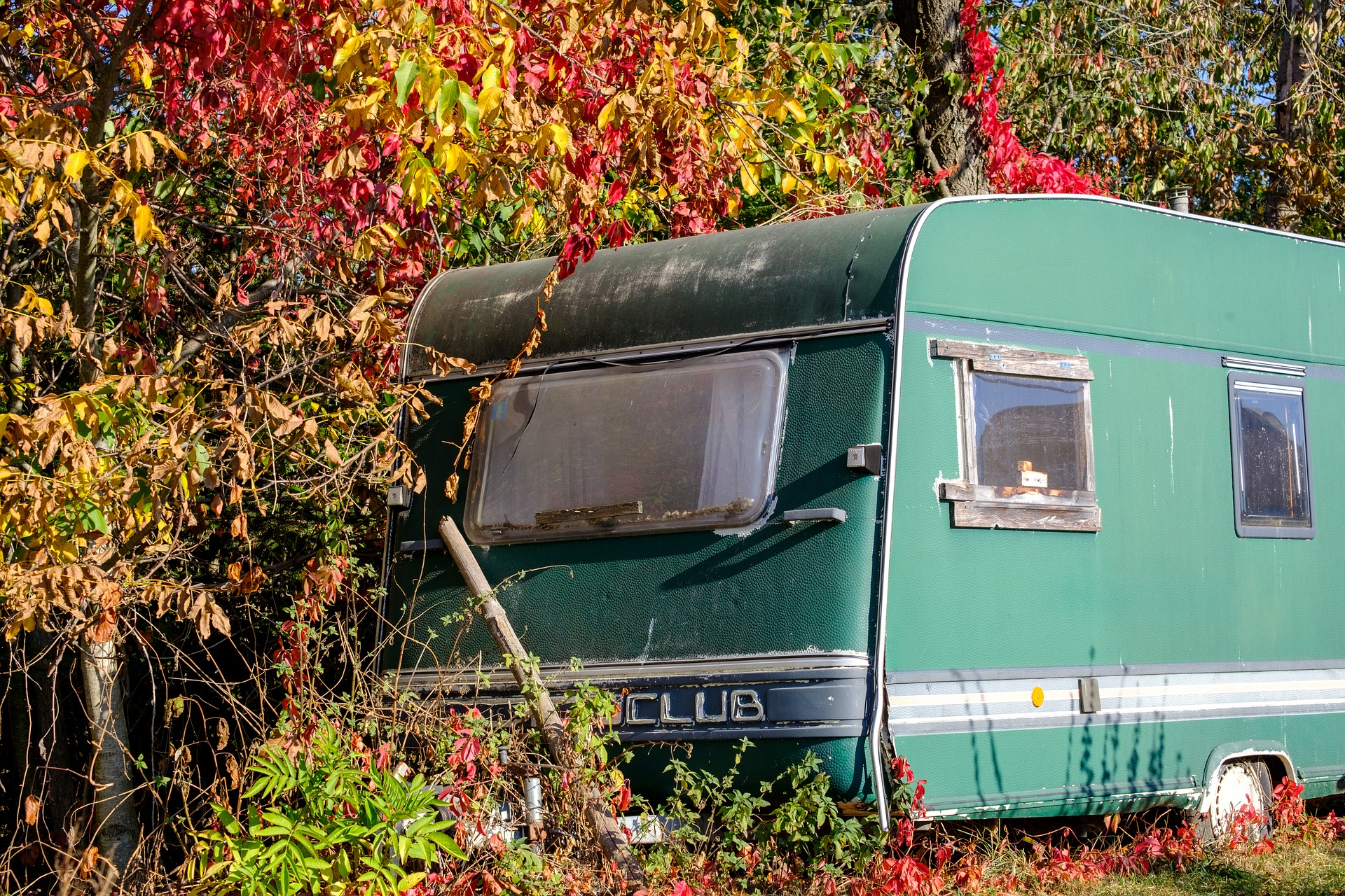 Show off fall beauty of your campground